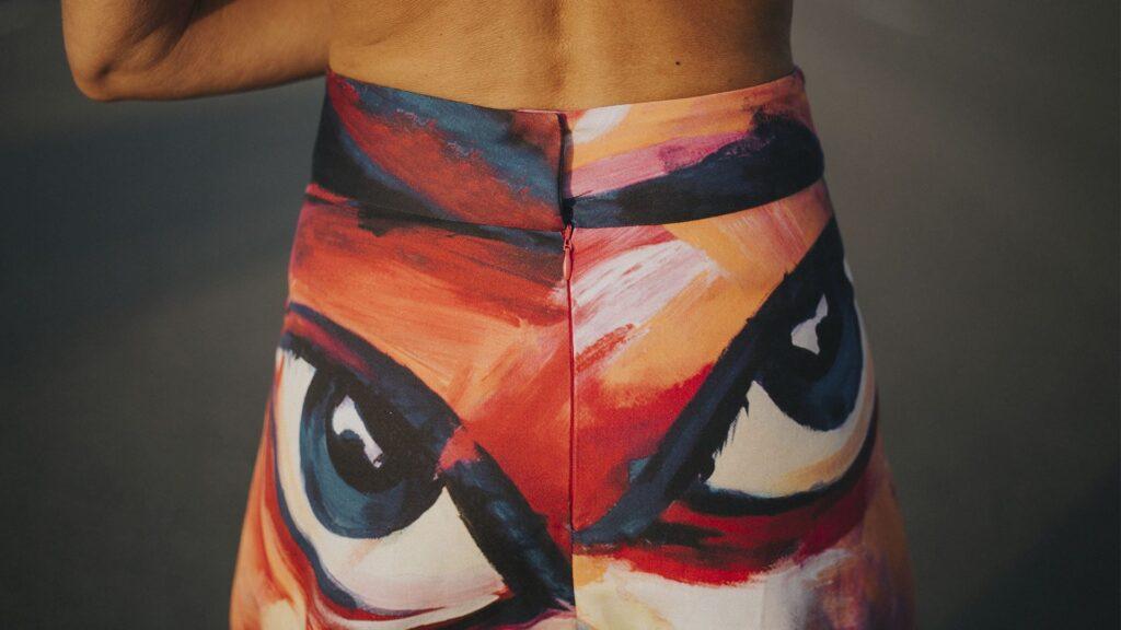 falda-larga-evase-detalle ESPALDA y cremallera-maldita-maria-moda-sostenible