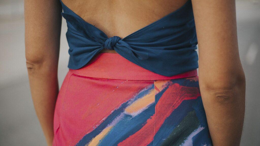 nudo triángulo y falda-larga-recta-maldita-maria-moda-sostenible