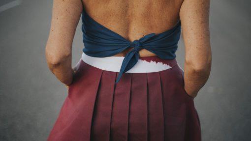 falda-midi-evase-maldita-maria-moda-sostenible espalda y detalle tablas