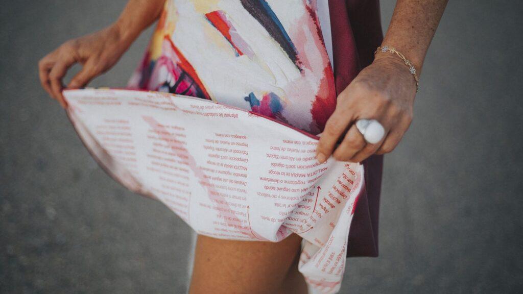 falda-midi-evase-maldita-maria-moda-sostenible detalle forro y etiqueta