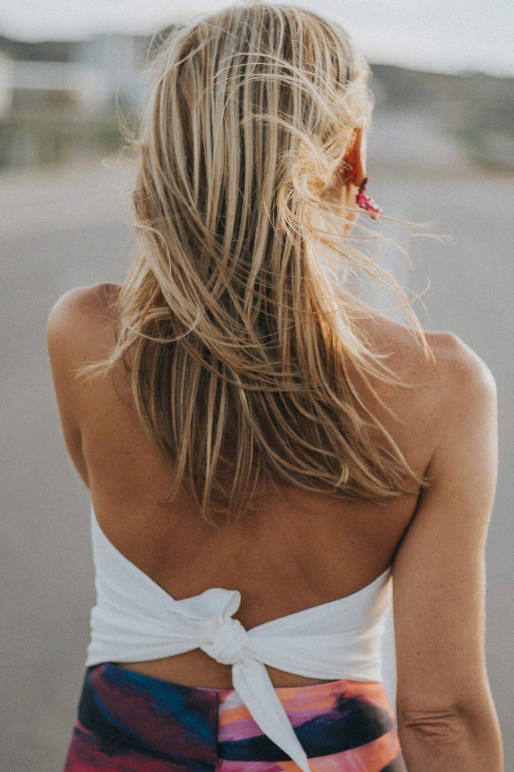 Maldita-Maria-moda-sosteble-cuerpo-triangulo-crudo-espalda