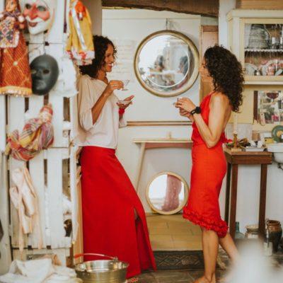 Imagina tu próximo acontecimiento estrenando faldas Maldita María de la mano de La Modateca.