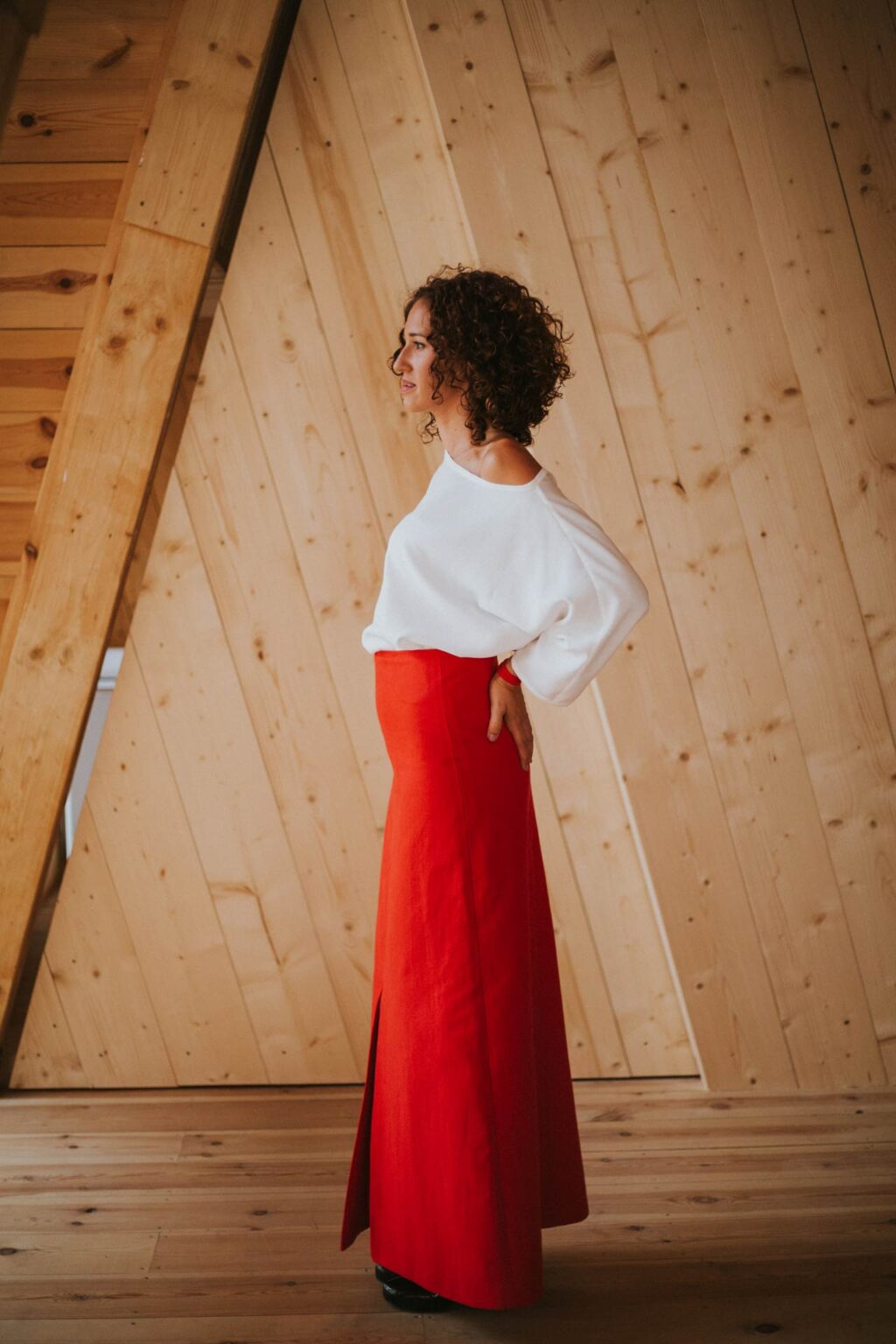 Rojo-Maldita-María-Falda-larga-abertura