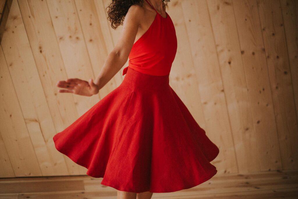 Rojo Maldita María Falda capa midi