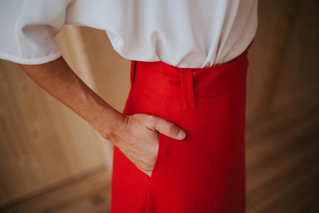 Falda pareo rojo con cinturónMaldita-Maria