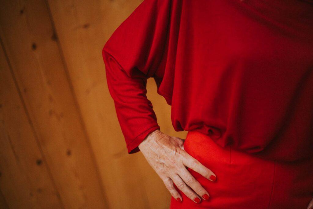 Rojo-Maldita-María-jersey-punto-amplio